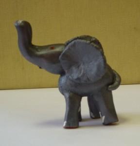 Лепка из глины. Слон